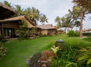 beachfront-bungalow-windy-34-340x252