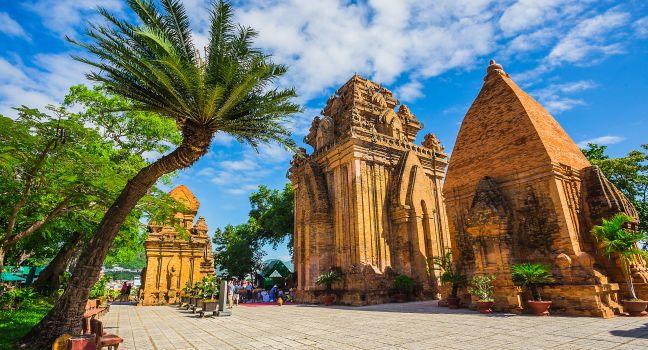 po-ngar-cham-towers-nha-trang-vietnam_main