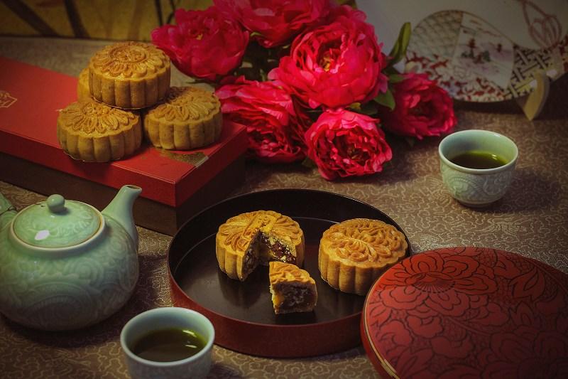 Mid-Autumn-Festival-Moon-cakes