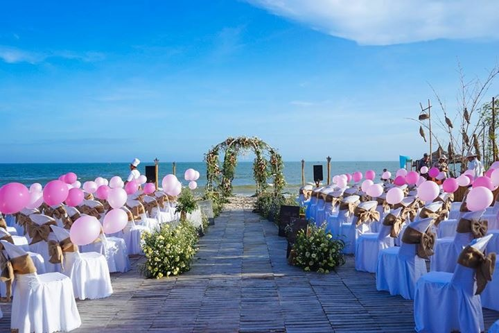 best beach wedding resort in mui ne